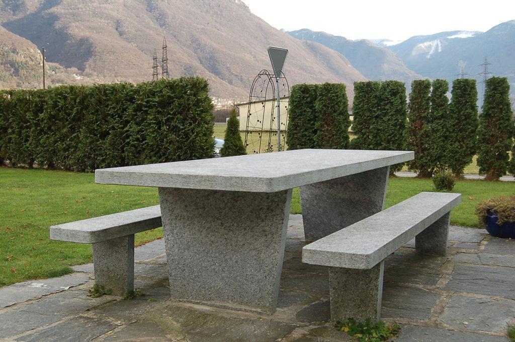 Tisch Moderno