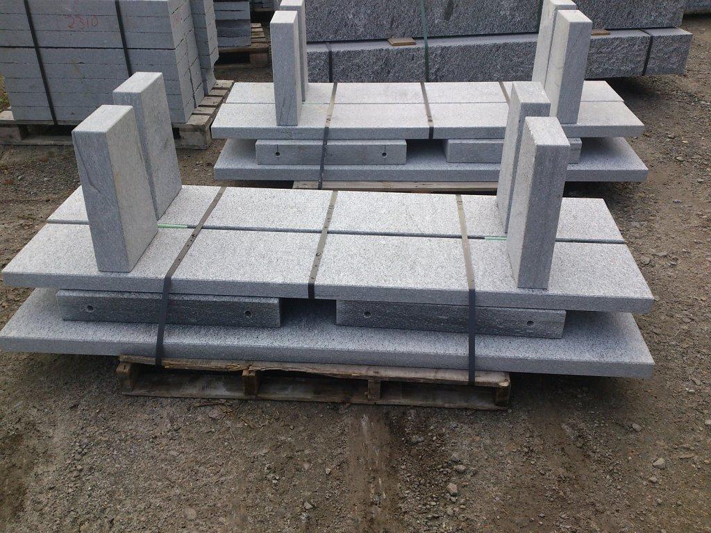 10-Granittisch-Moderno-freistehend-Verpackt-Nov-Seitenansichtori.jpg