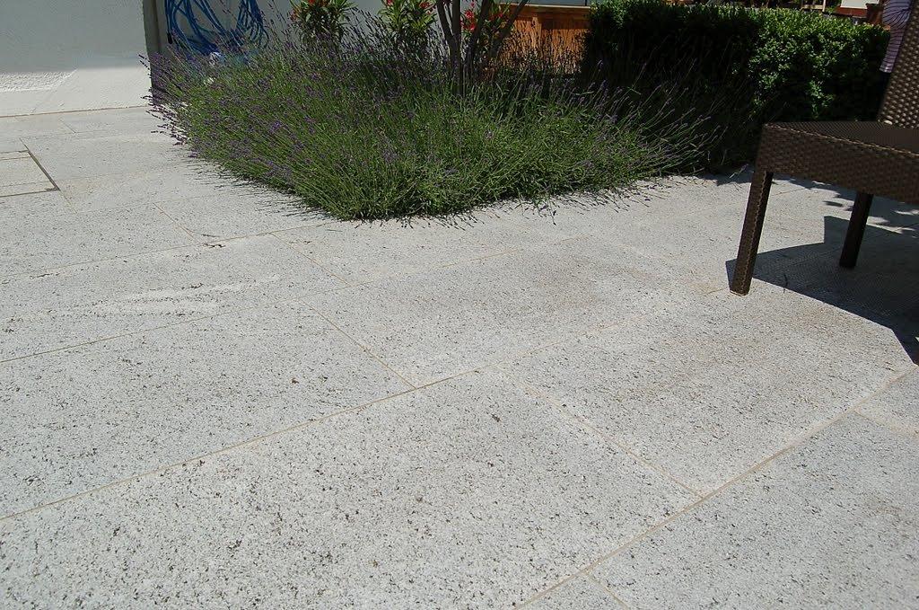 Cresciano-White-geflammt.jpg